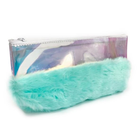 Necessaire Plástica Holográfica Com Pelo Azul Pastel - Zimex